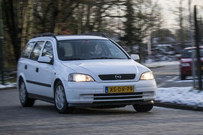 Klokje Rond - Opel Astra Stationwagon