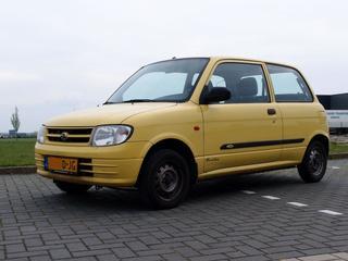 Daihatsu Cuore XTi-12V (2000)