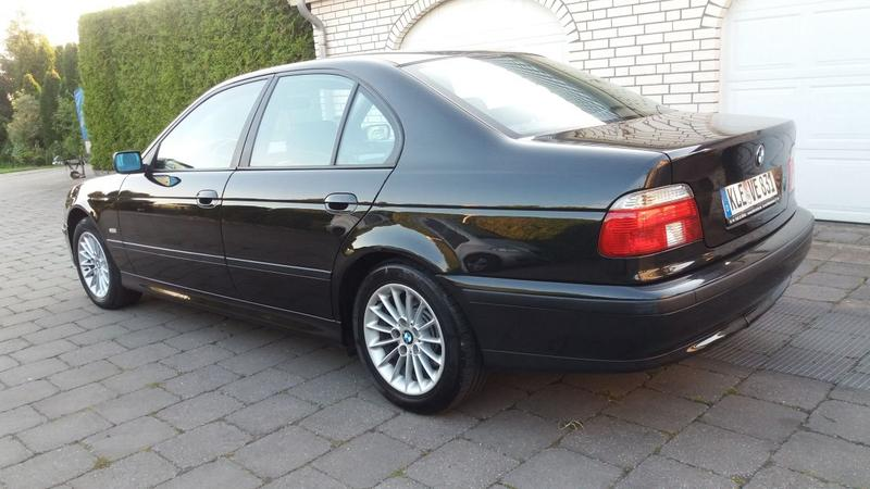 BMW 525tds (1998)