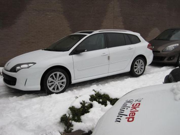 Renault Laguna Estate 2.0 dCi 180 GT (2010)