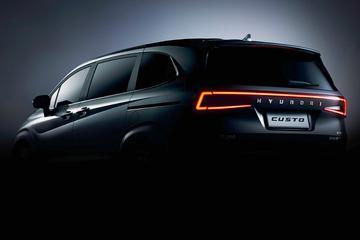 Hyundai laat nieuwe MPV zien