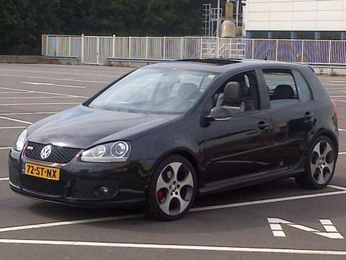 volkswagen golf 2 0 16v fsi turbo gti 2006 review. Black Bedroom Furniture Sets. Home Design Ideas