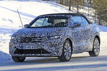 Sneeuwpret met de Volkswagen T-Roc Cabriolet
