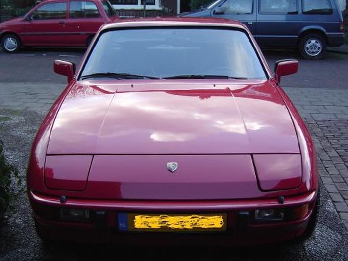 Porsche 924 (1981)