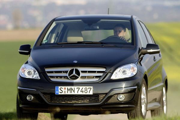 Mercedes-Benz B-klasse facelift friday