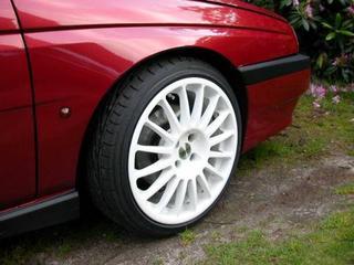 Alfa Romeo 155 2.0 Twin Spark 16V S (1995)