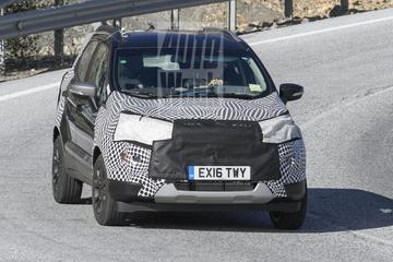 Gefacelifte Ford Ecosport rolt voorbij