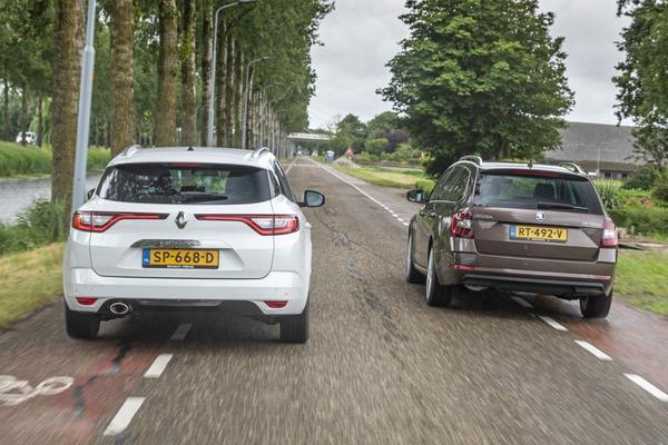 Skoda Octavia Renault Scenic regen dubbeltest leas