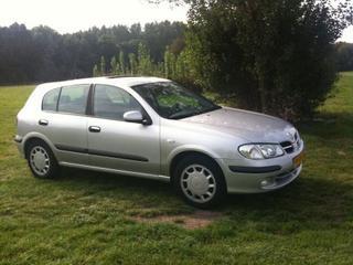 Nissan Almera 2.2 Di Luxury (2000)