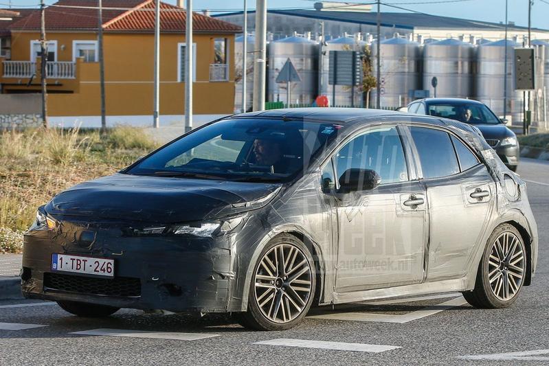 Gespot: Toyota Auris