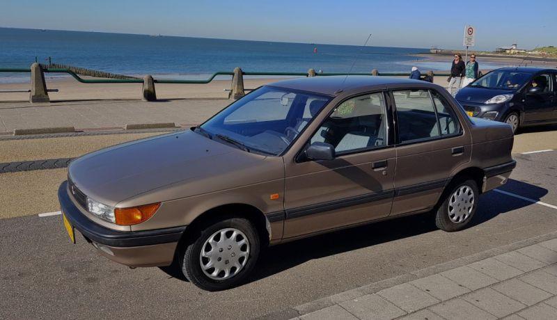 Mitsubishi Lancer 1.3 GL (1989)
