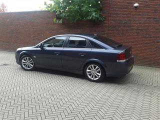 Opel Vectra GTS 1.8-16V (2007)