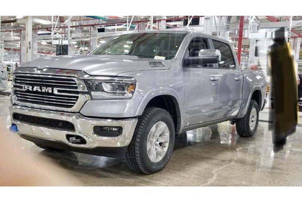 Zonder plakkers: nieuwe Dodge Ram 1500