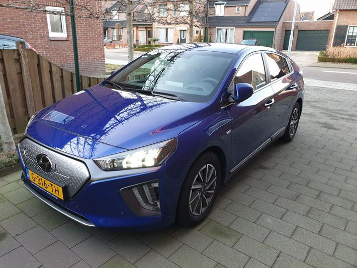 Hyundai Ioniq Electric Premium (2019)