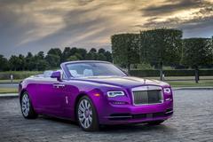 Kleurrijk: Rolls-Royce 'Dawn in Fuxia'
