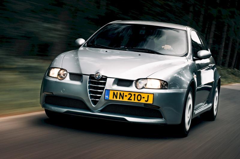 Alfa Romeo 147 3.2 V6 24V GTA (2005)