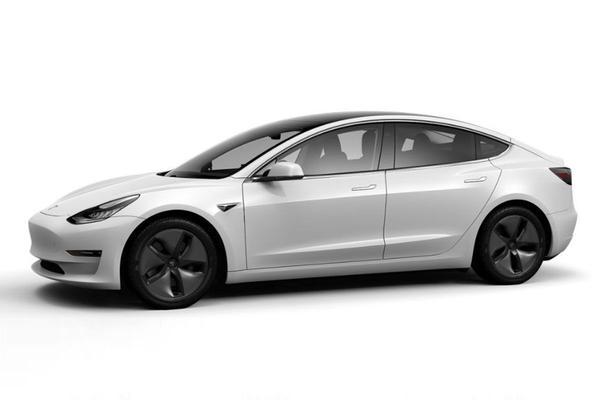 Tesla voert kleine prijswijzigingen door