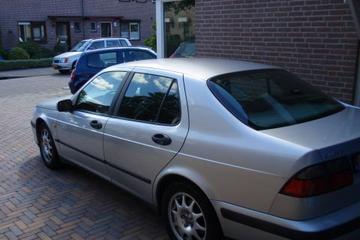 Saab 9-5 2.3 t SE (1998)