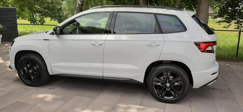 Skoda Karoq 1.5 TSI ACT Greentech Sportline Business (2020)