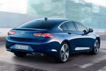 Basisdiesel Opel Insignia nu ook met automaat