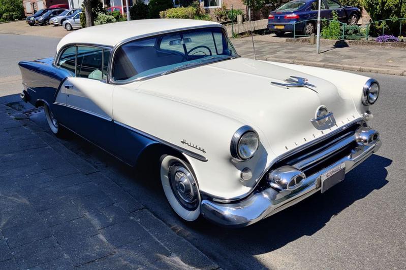 Oldsmobile Ninety-Eight