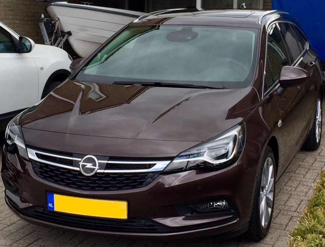 opel astra sports tourer 1 6 cdti 136pk innovation 2017. Black Bedroom Furniture Sets. Home Design Ideas