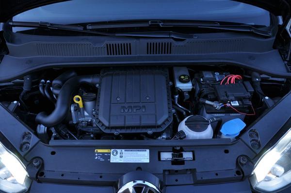 Volkswagen Up! 1.0 75pk BMT high up! 2015