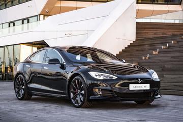 Tesla passeert Toyota op de beurs