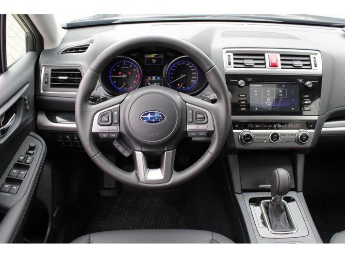 Subaru Outback 2.5i Premium (2017)
