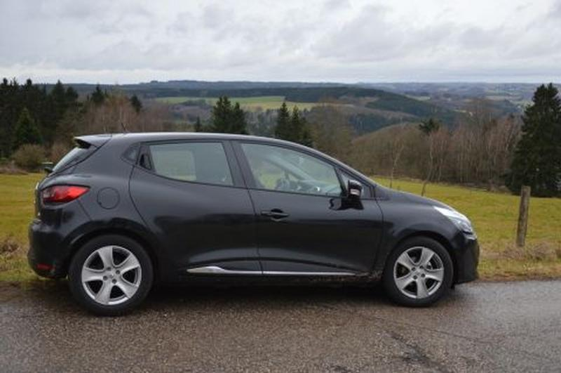 Renault Clio TCe 90 Energy Expression (2013) #3