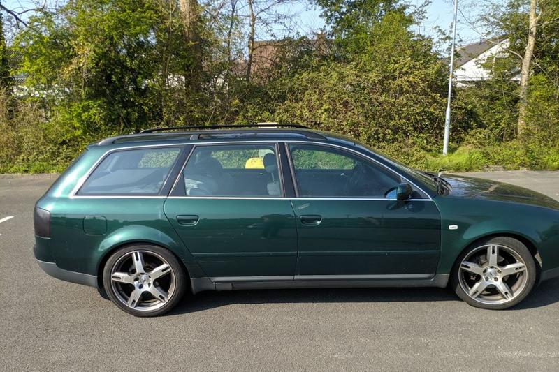 Audi A6 Avant 2.4 5V (1999)
