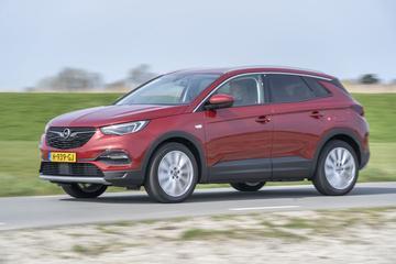 Test: Opel Grandland X Hybrid4