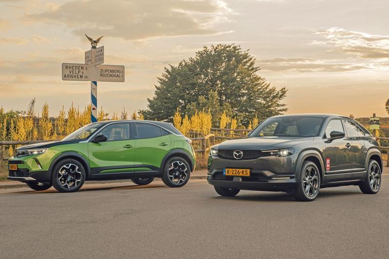 Test: Opel Mokka-e vs. Mazda MX-30