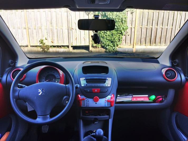 Peugeot 107 XR 1.0 (2009)