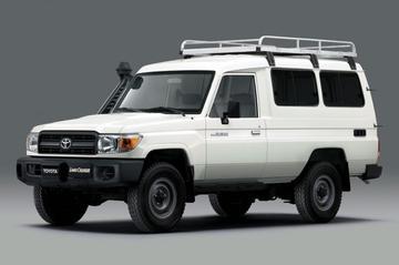 Toyota Land Cruiser klaar voor vaccintransport