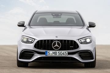 Hand op de knip bij Daimler