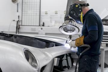 Aston Martin gaat 500 banen schrappen