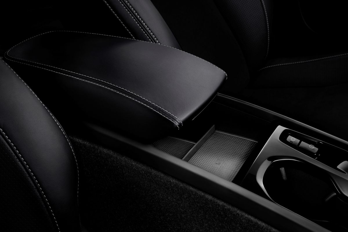 volvo toont plug in hybride xc40 t5 autonieuws. Black Bedroom Furniture Sets. Home Design Ideas
