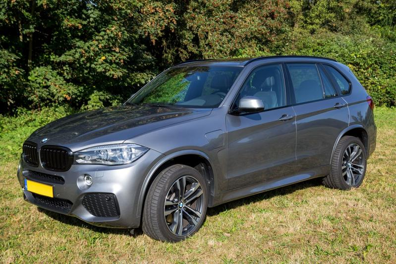 BMW X5 xDrive40e iPerformance High Executive (2015)