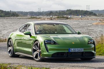 Updates voor Porsche Taycan: sneller laden én optrekken