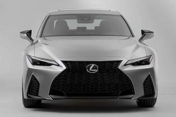 Lexus IS belandt op het internet