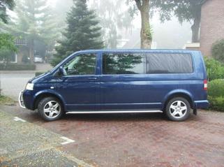 Volkswagen Caravelle (2005)