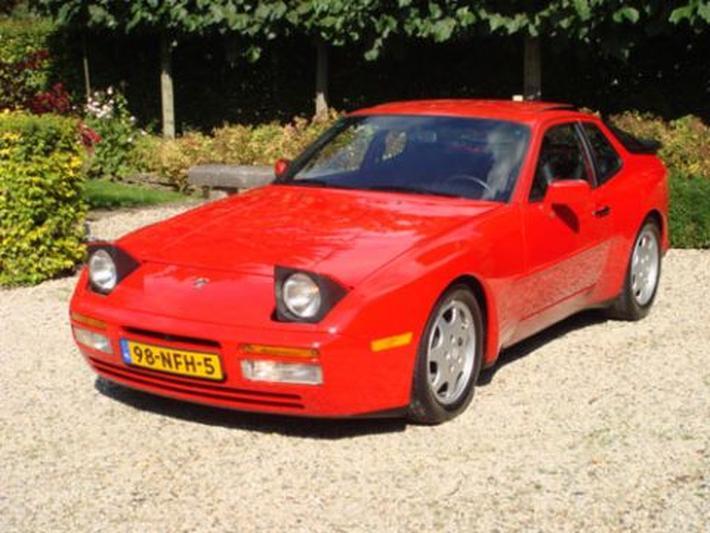 Porsche 944 Turbo (1988)