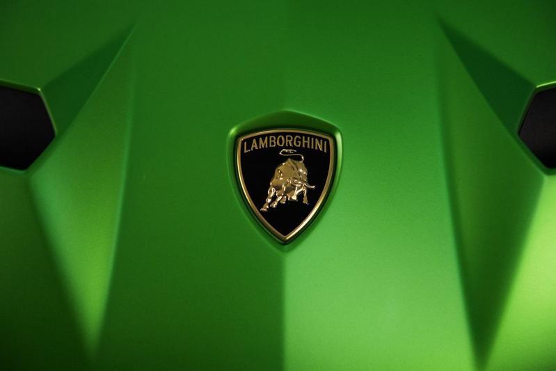 Lamborghini teast Aventador SVJ
