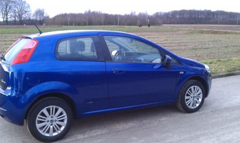 Verwonderlijk Fiat Grande Punto 1.4 8v Edizione Blue & Me (2007) review FH-17