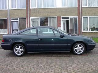 Opel Calibra 2.0i (1995)