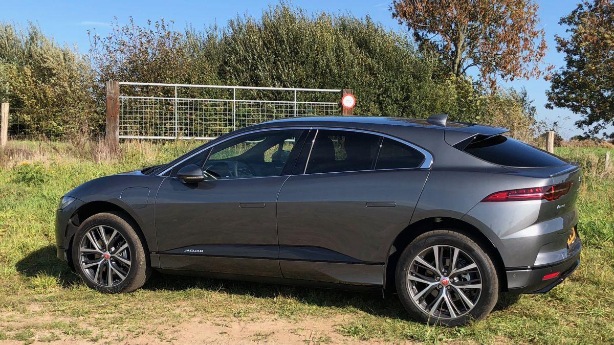 Jaguar I-Pace EV400 SE (2018) review - AutoWeek.nl