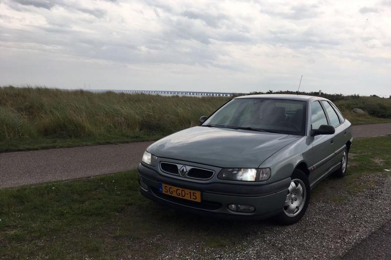 Renault Safrane 2.0 (1997)