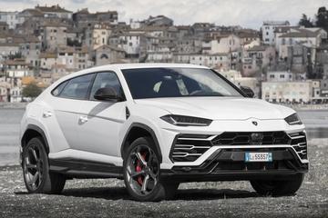 Urus stuwt verkoopcijfers Lamborghini naar record