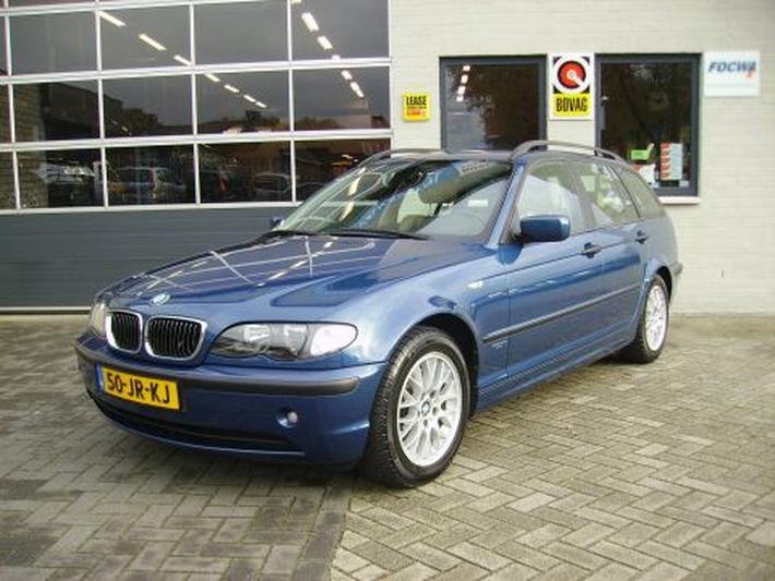 BMW 320d touring Executive (2002) #3